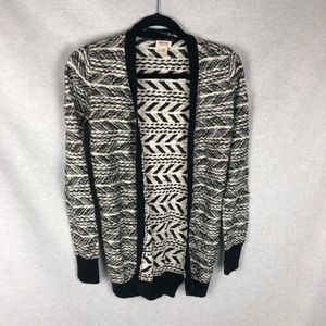 Missimo black and white cardigan